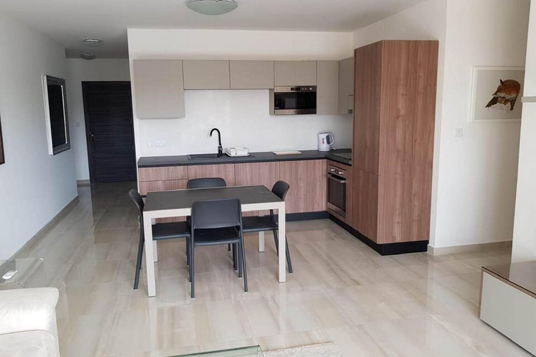 2 bed Apartment For Rent in Ta' Xbiex, Ta' Xbiex - thumb 9