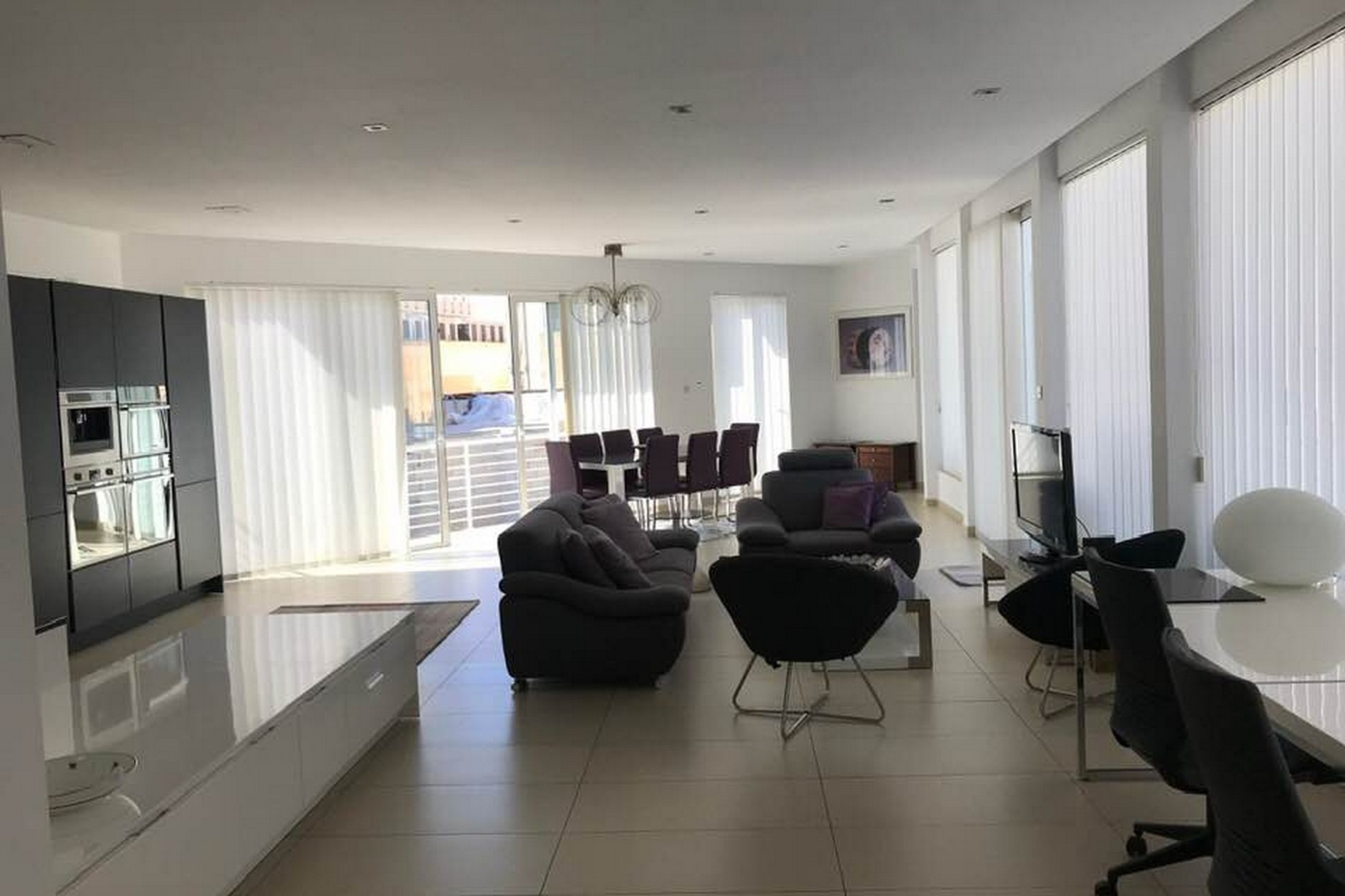 4 bed Penthouse For Rent in Sliema, Sliema - thumb 2
