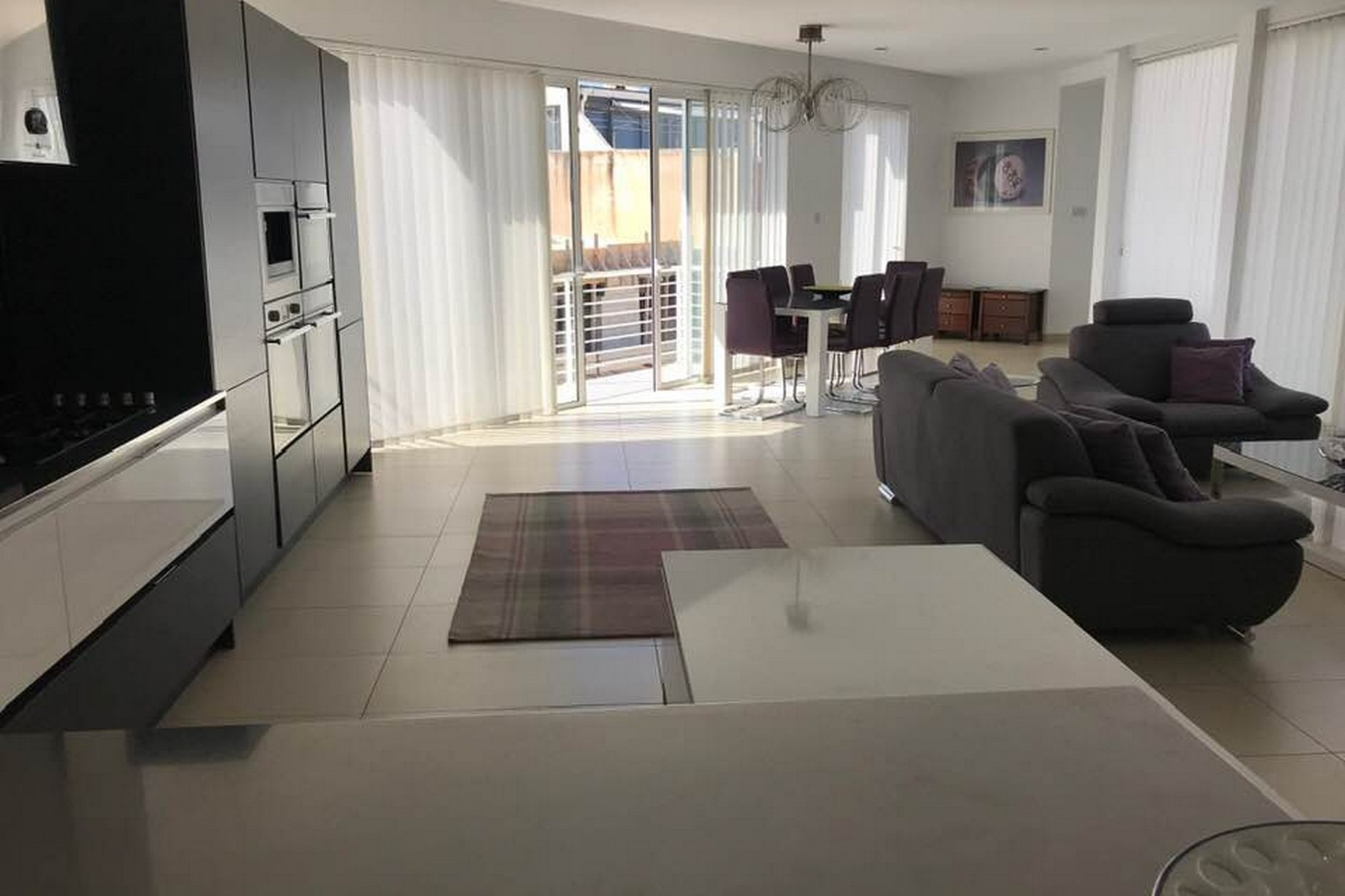 4 bed Penthouse For Rent in Sliema, Sliema - thumb 3