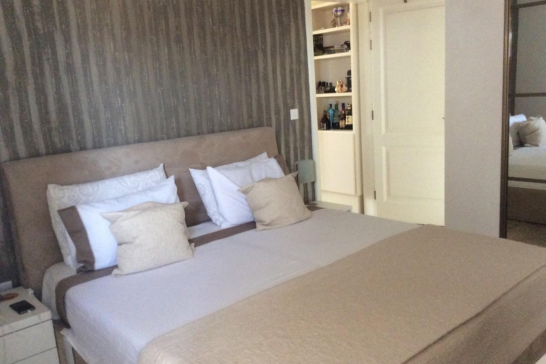 1 bed Penthouse For Sale in St Julian's, St Julian's - thumb 5