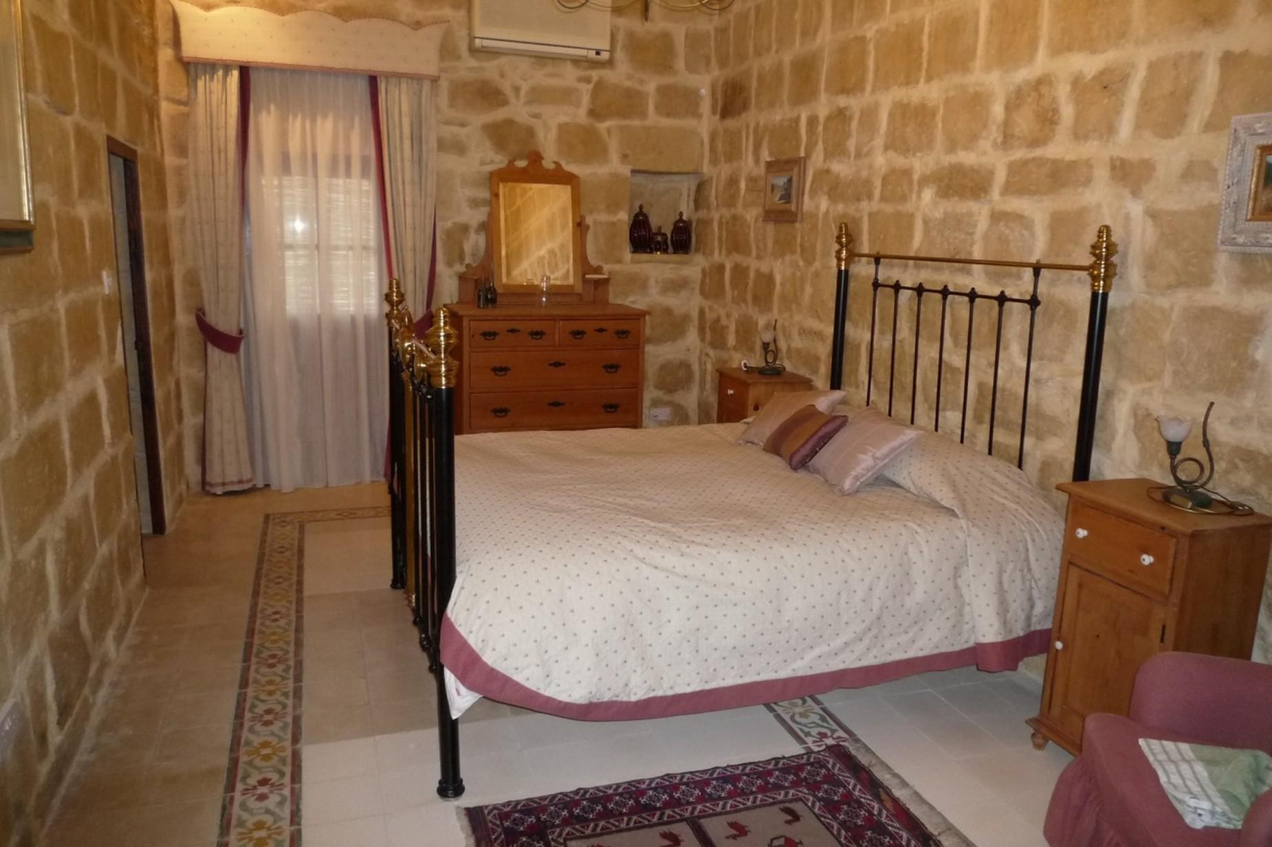 3 bed House of Character For Sale in Zebbug, Zebbug - thumb 11