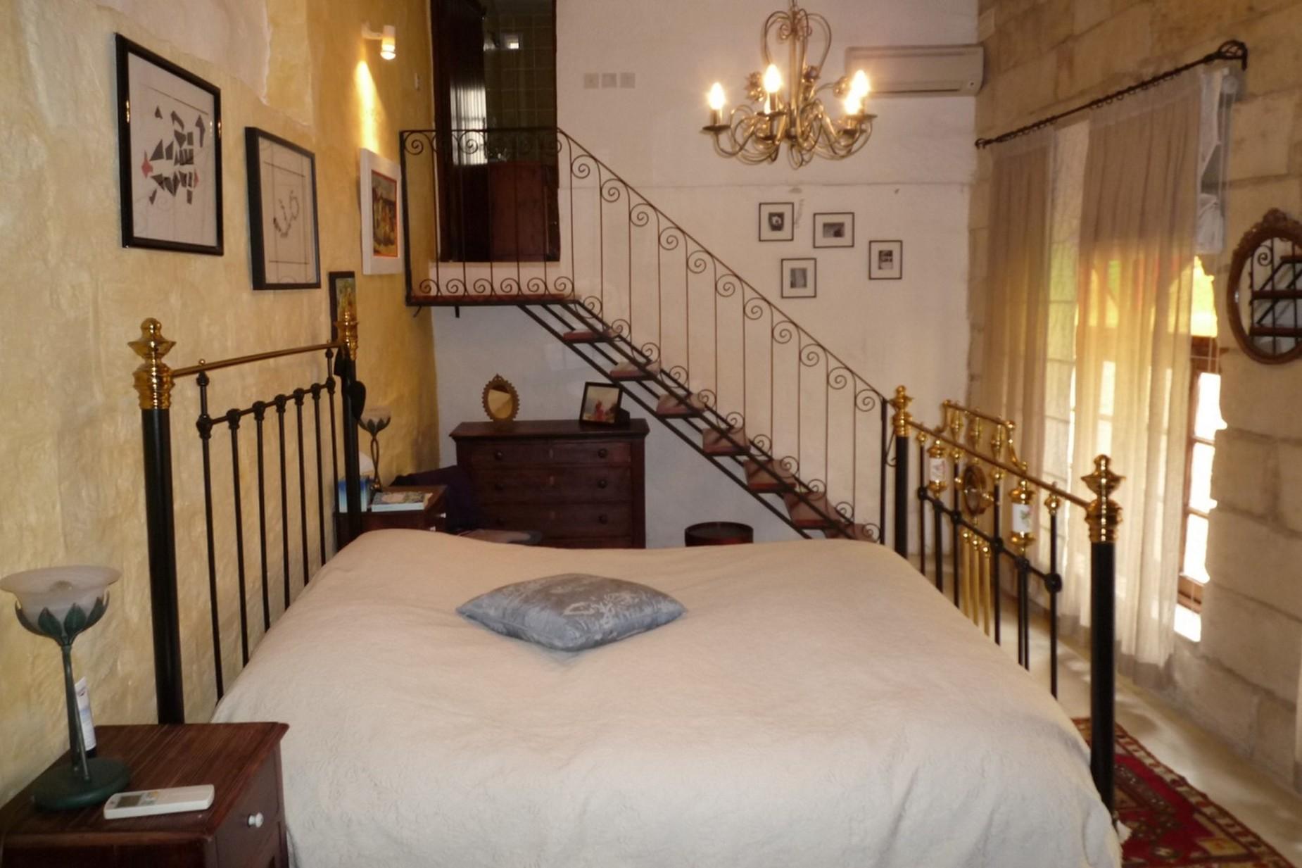 3 bed House of Character For Sale in Zebbug, Zebbug - thumb 12