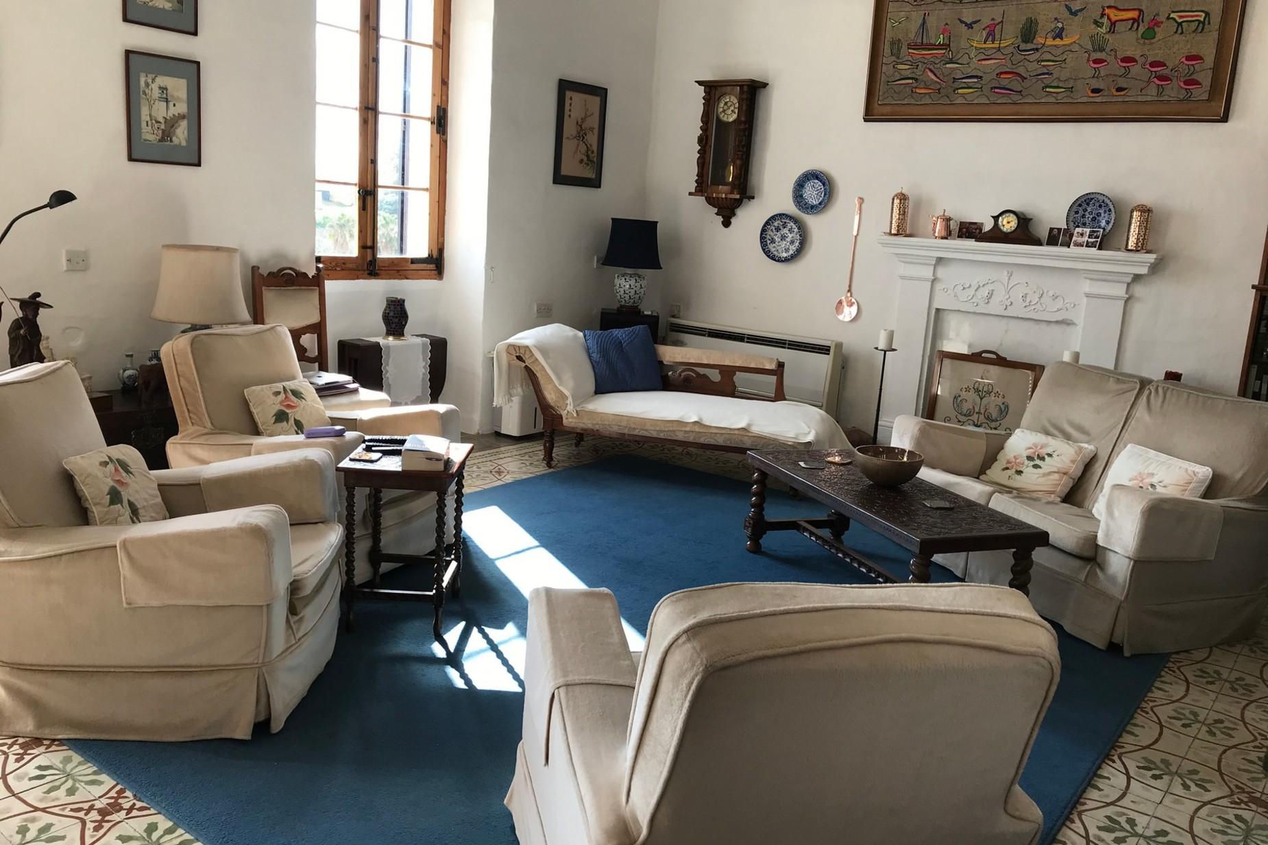 6 bed Town House For Sale in Birzebbugia, Birzebbugia - thumb 9