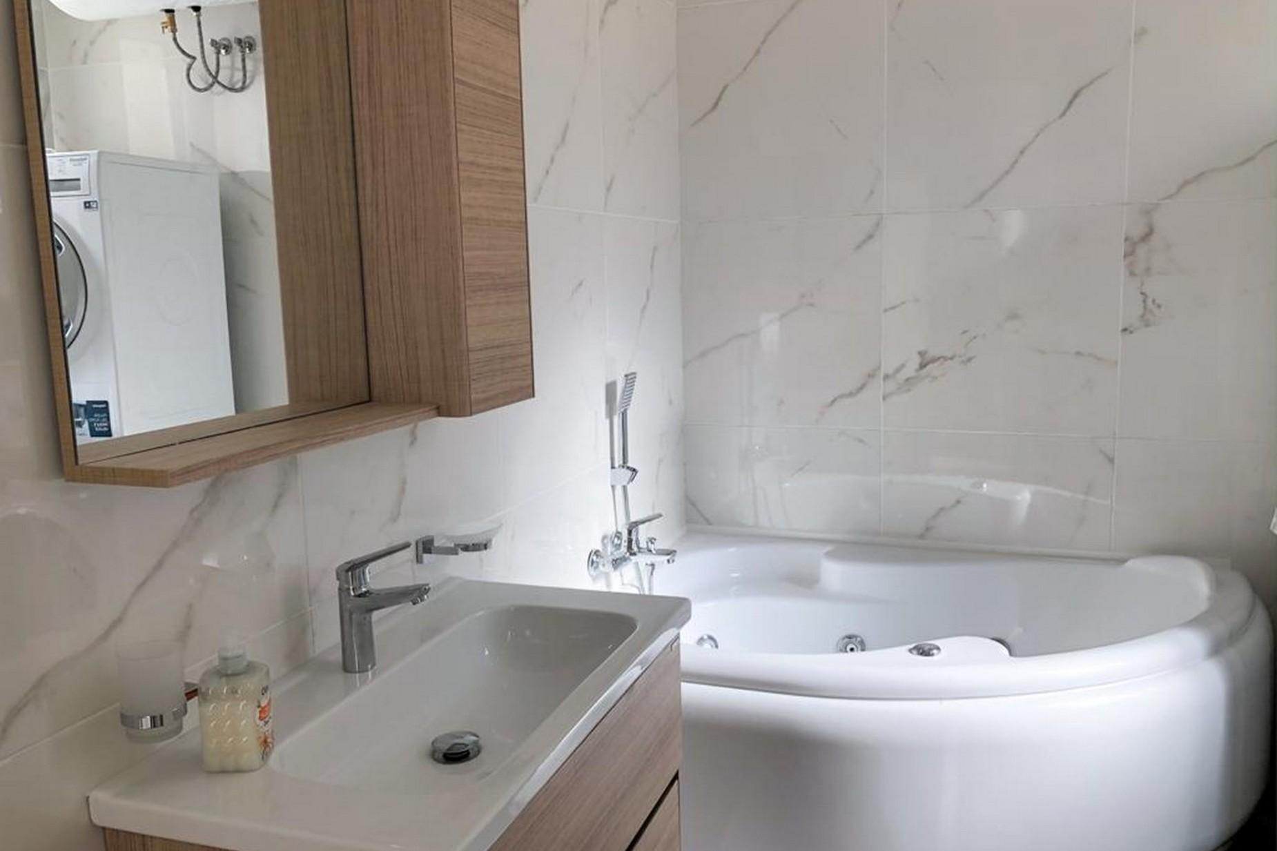 3 bed Apartment For Rent in Sliema, Sliema - thumb 10