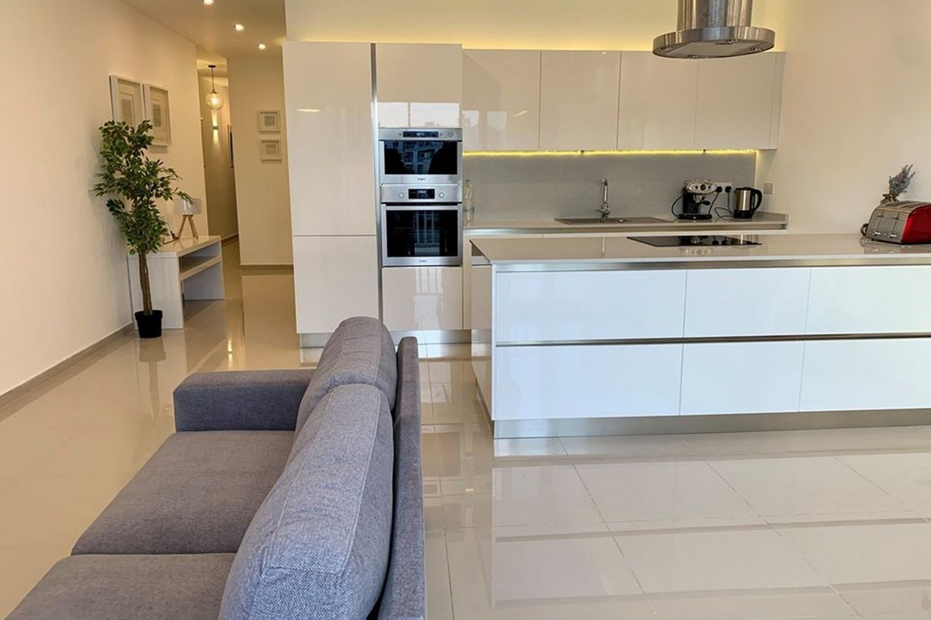 2 bed Apartment For Rent in Swatar, Swatar - thumb 4