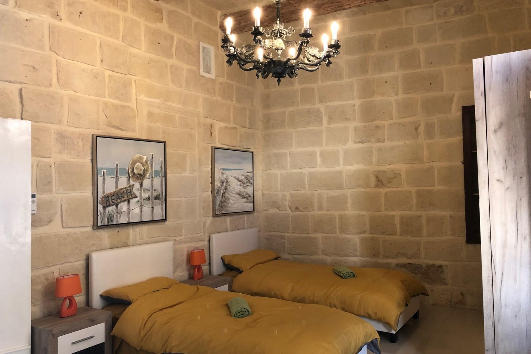 4 bed Town House For Rent in Zabbar, Zabbar - thumb 9