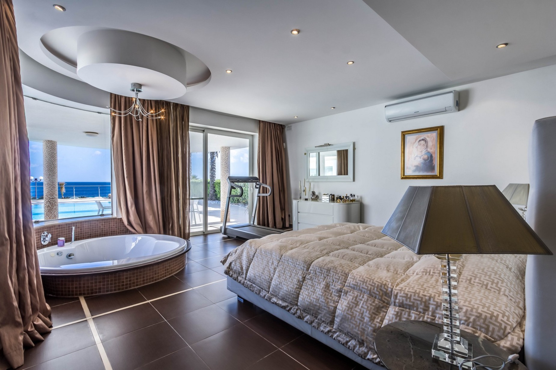 4 bed Villa For Rent in Marsascala, Marsascala - thumb 11