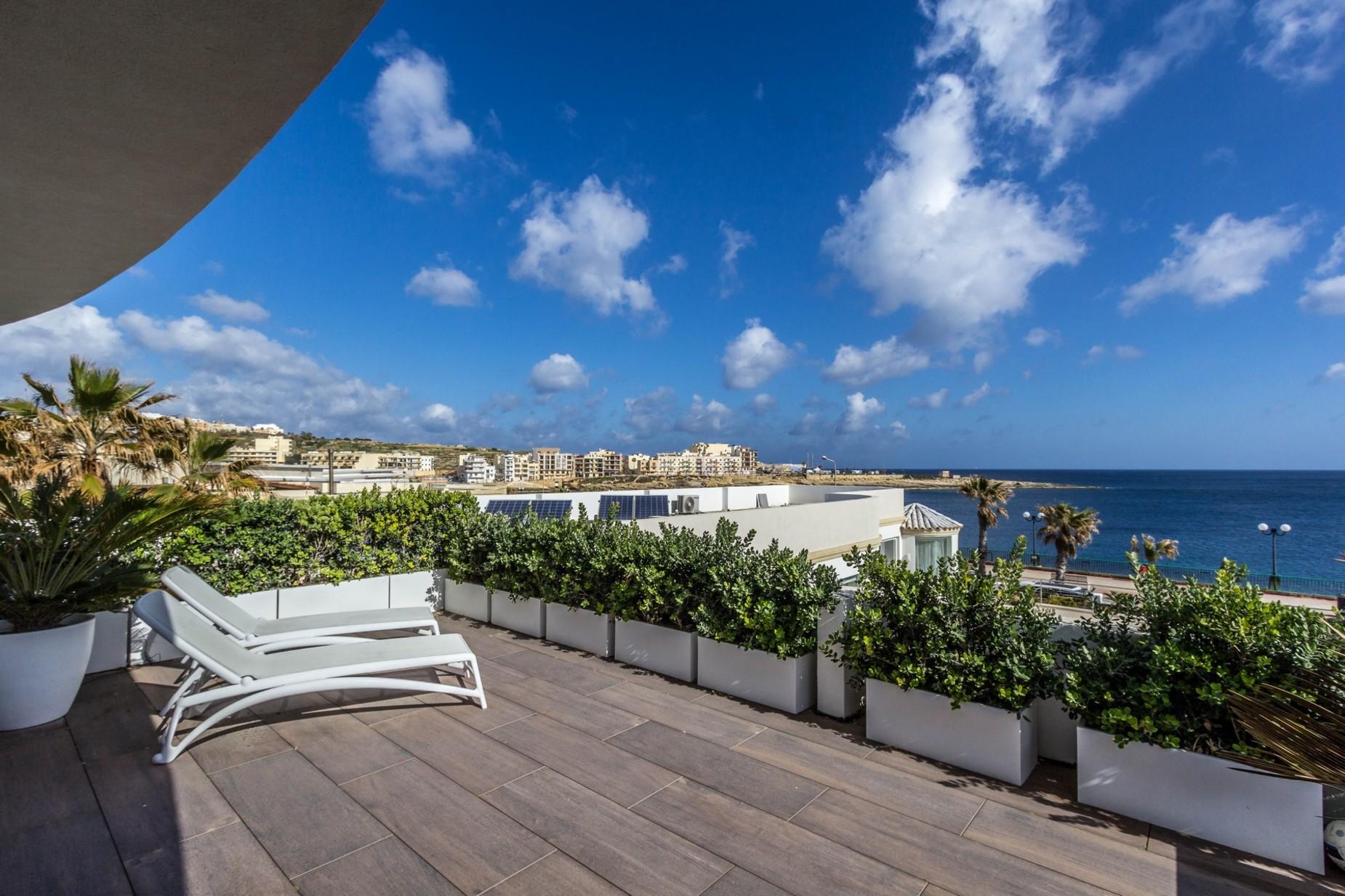 4 bed Villa For Rent in Marsascala, Marsascala - thumb 3
