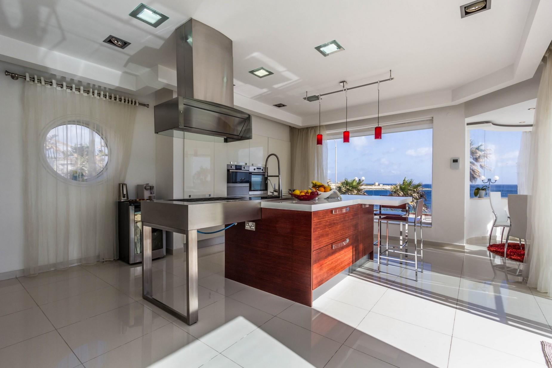 4 bed Villa For Rent in Marsascala, Marsascala - thumb 4