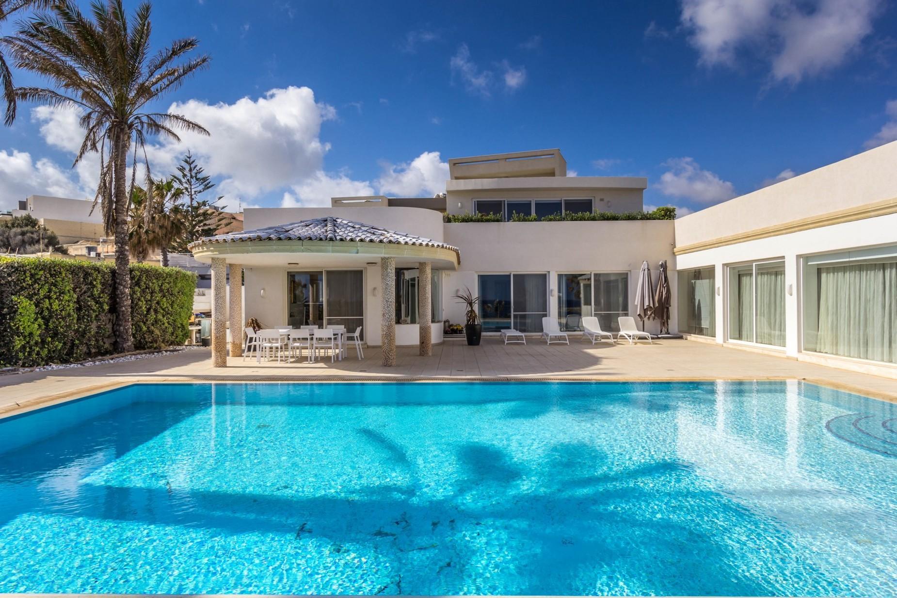4 bed Villa For Sale in Marsascala, Marsascala - thumb 4