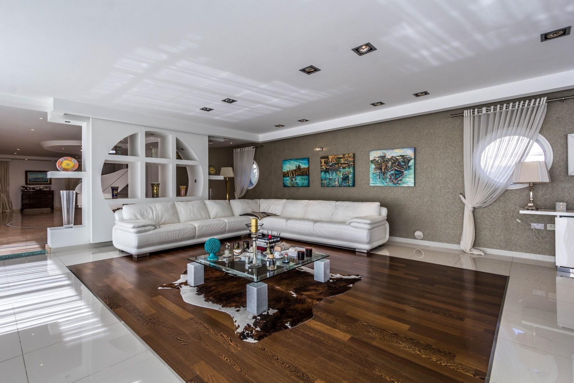 4 bed Villa For Sale in Marsascala, Marsascala - thumb 13