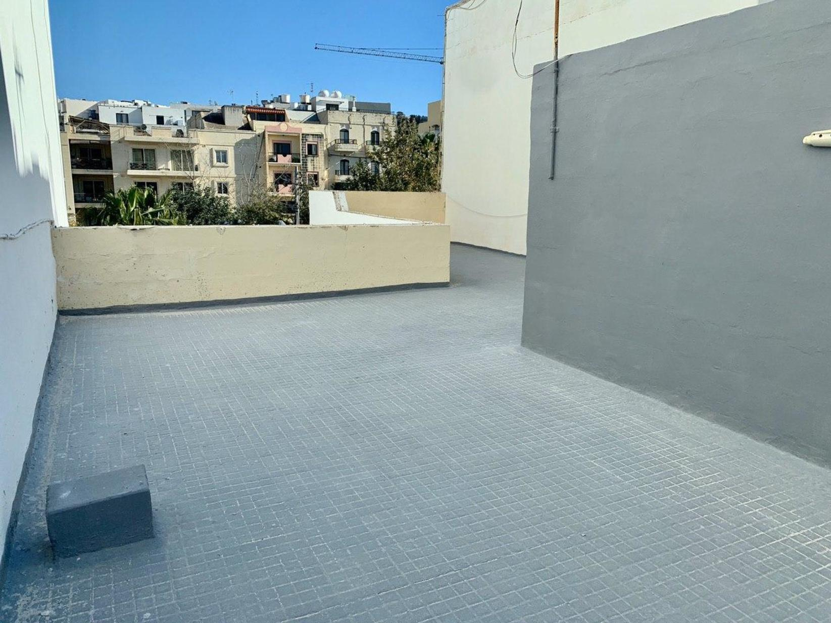 3 bed Terraced House For Rent in Bahar ic-Caghaq, Bahar ic-Caghaq - thumb 10