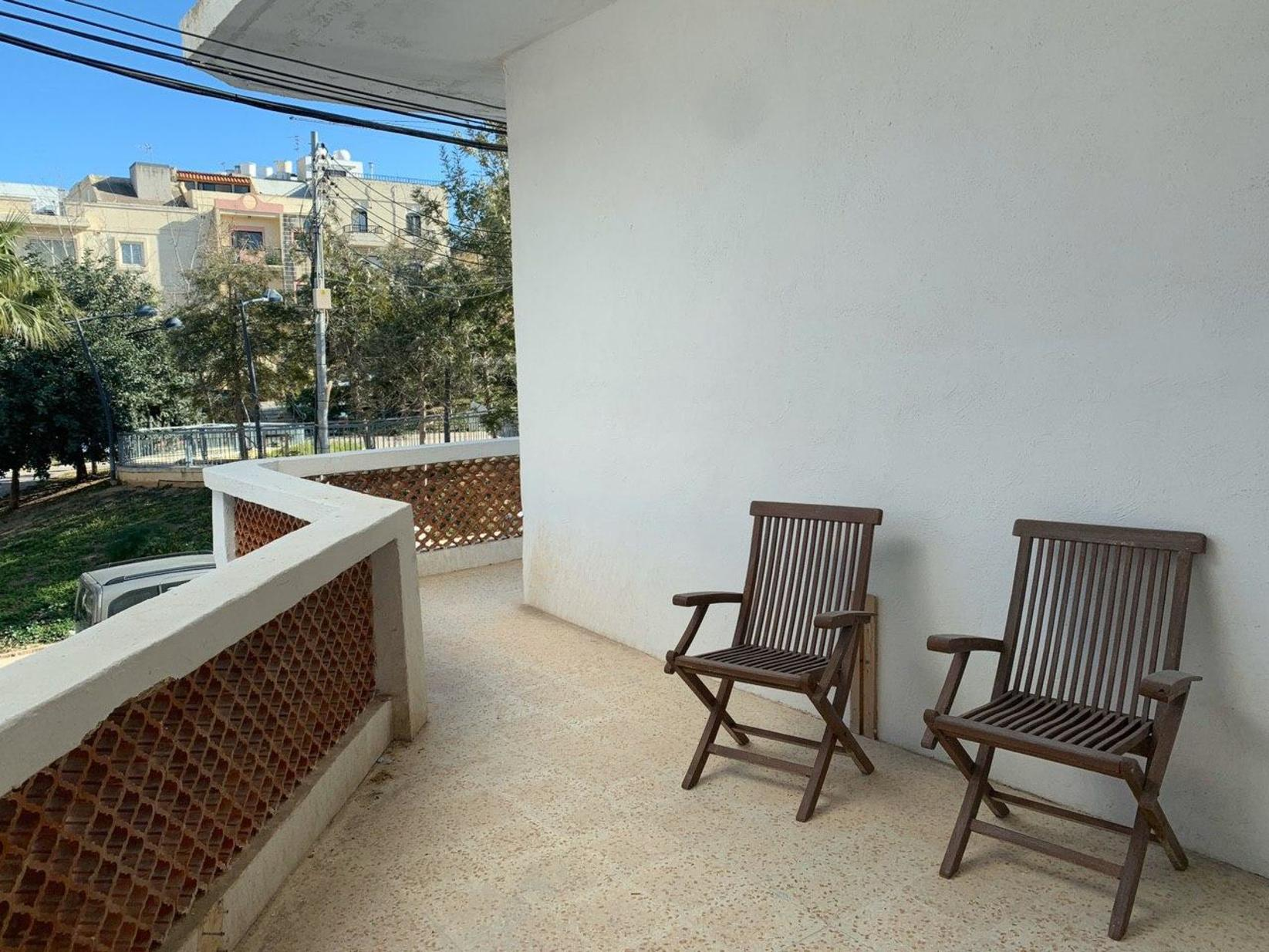 3 bed Terraced House For Rent in Bahar ic-Caghaq, Bahar ic-Caghaq - thumb 9