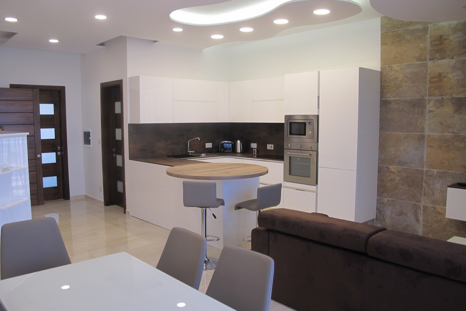 1 bed Penthouse For Rent in St Julian's, St Julian's - thumb 5