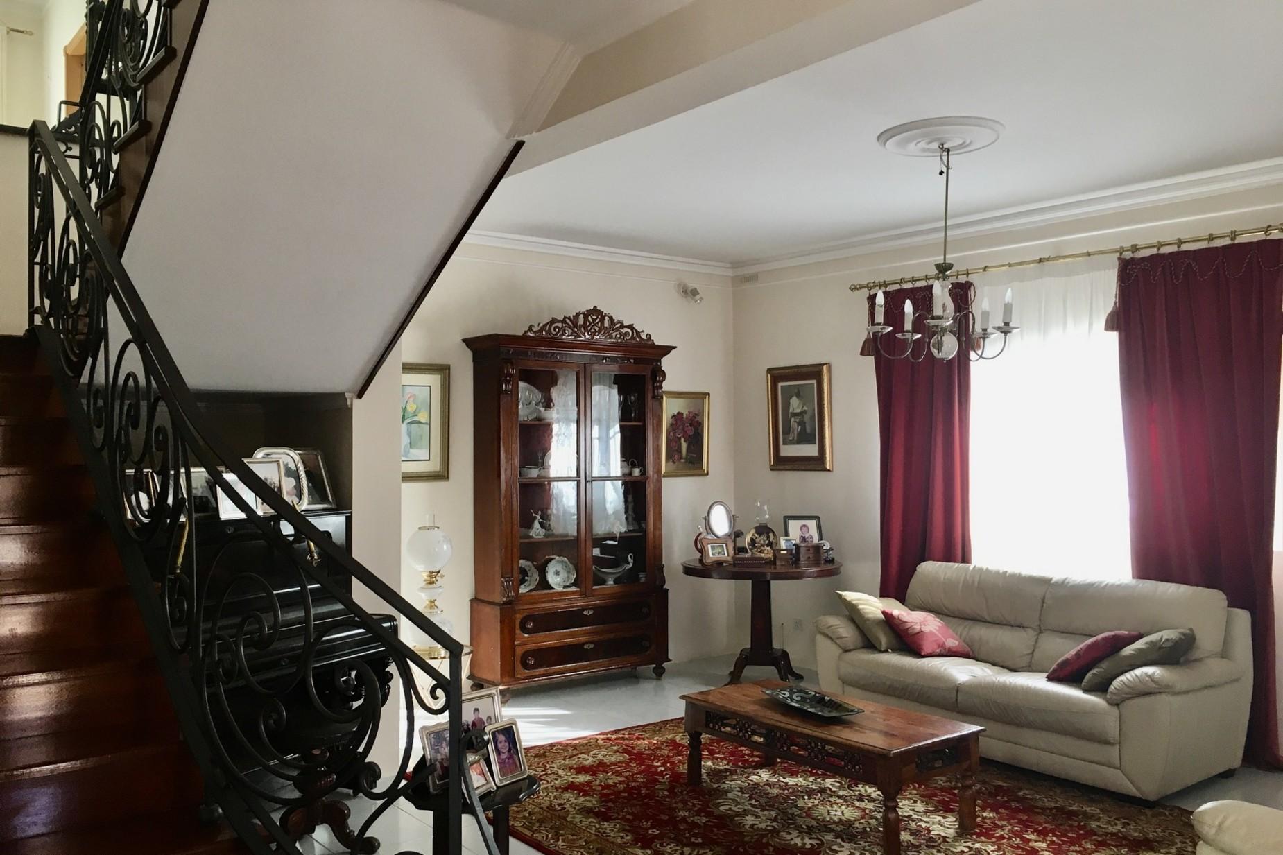 3 bed Villa For Sale in Pembroke, Pembroke - thumb 5