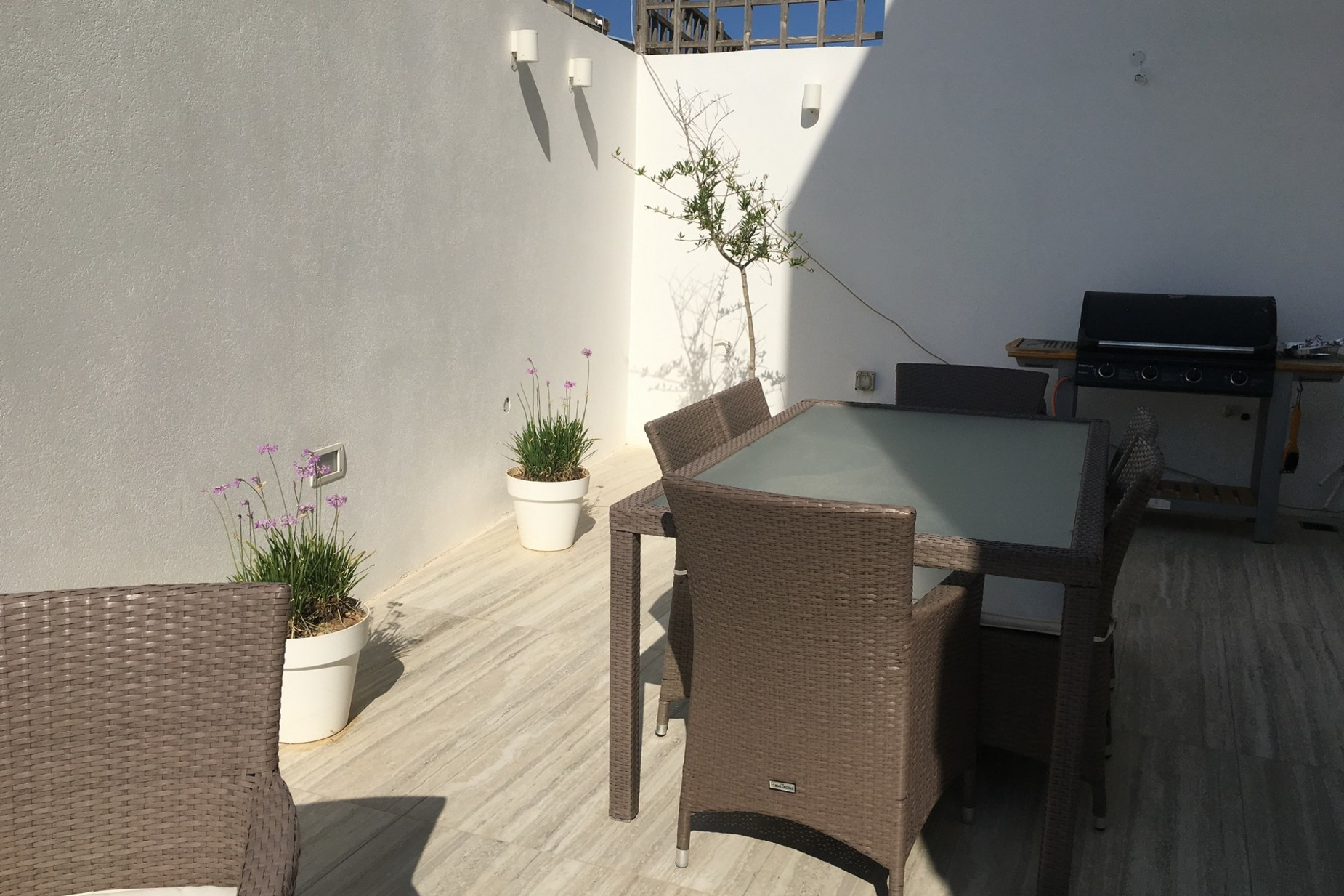 3 bed Villa For Sale in Pembroke, Pembroke - thumb 10