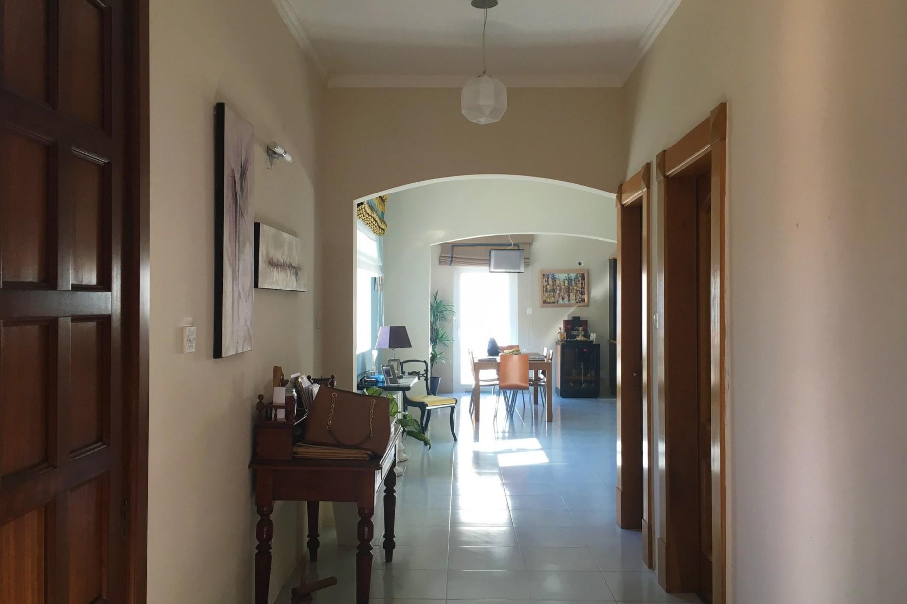 3 bed Villa For Sale in Pembroke, Pembroke - thumb 3