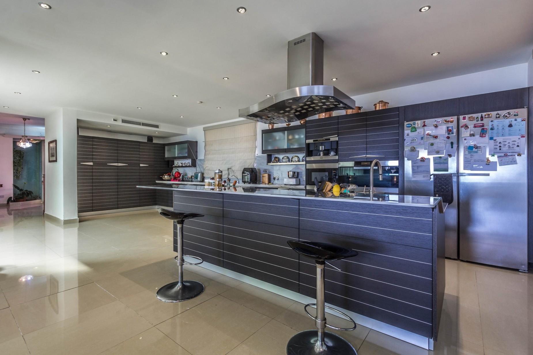 3 bed Villa For Sale in Marsascala, Marsascala - thumb 9