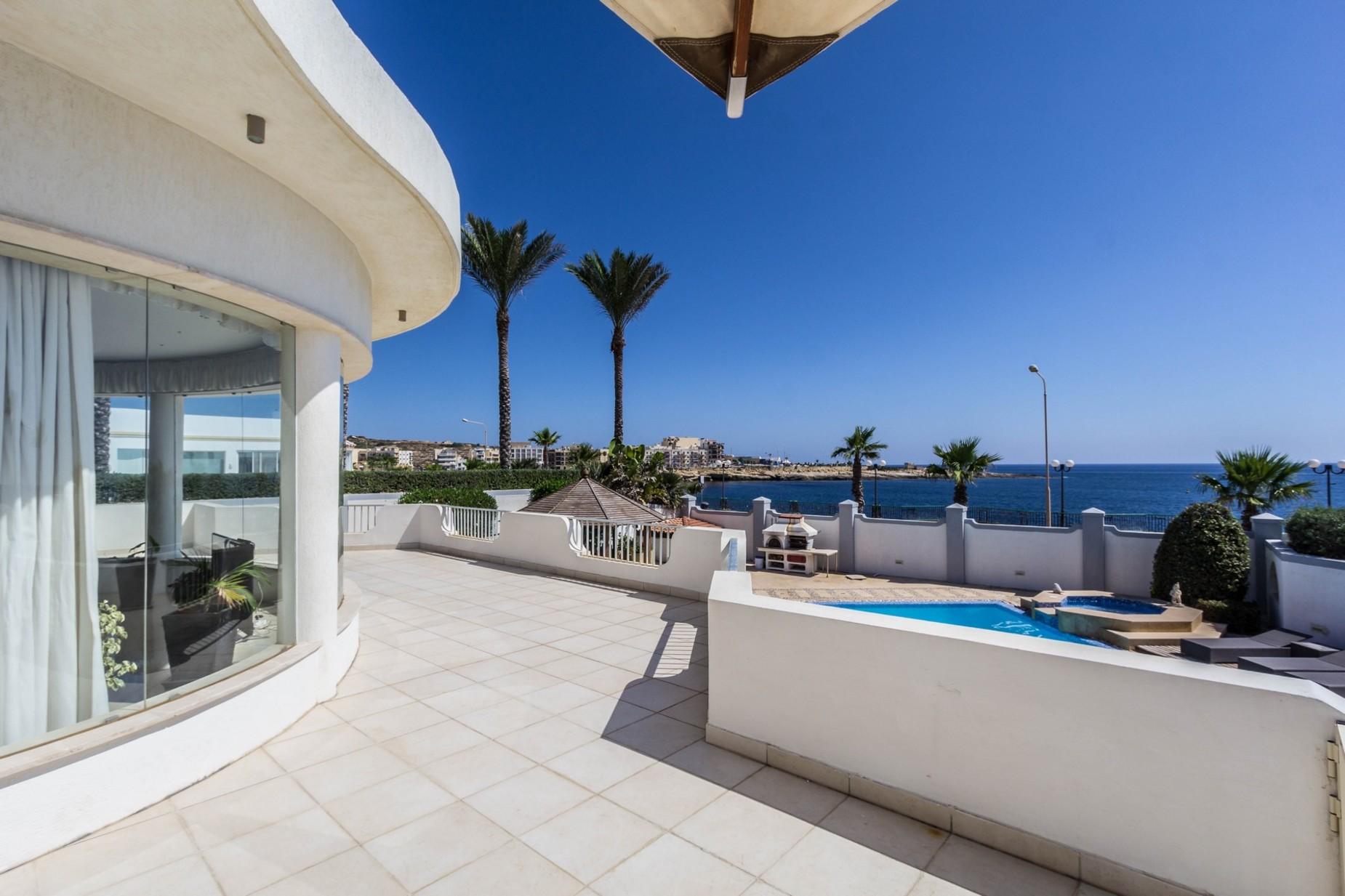 3 bed Villa For Sale in Marsascala, Marsascala - thumb 4
