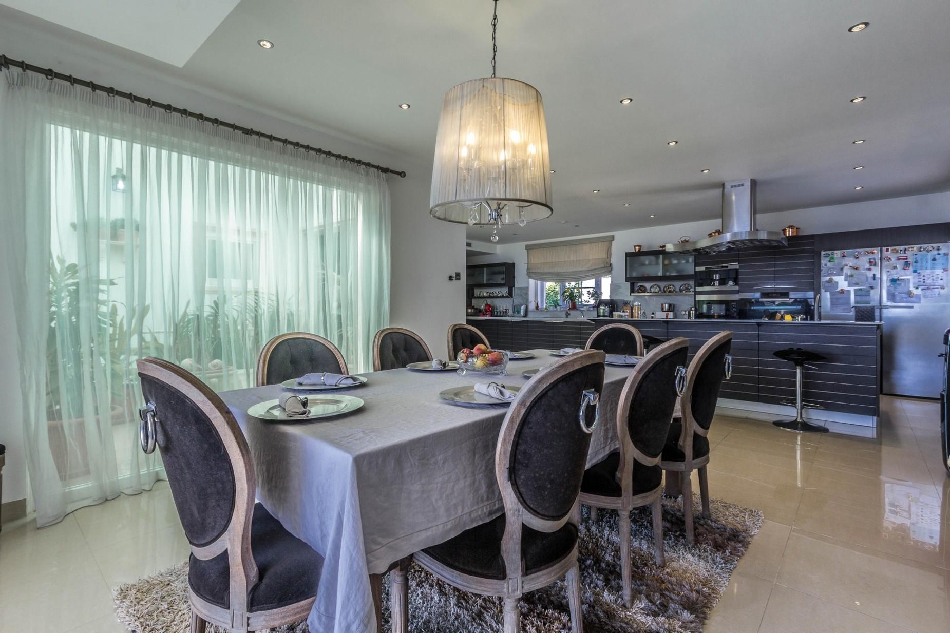 3 bed Villa For Sale in Marsascala, Marsascala - thumb 8