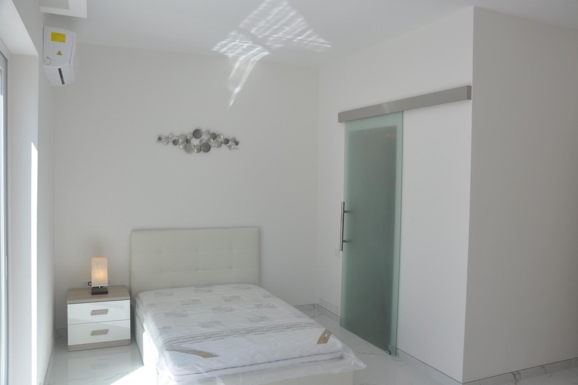 2 bed Penthouse For Sale in Kalkara, Kalkara - thumb 16