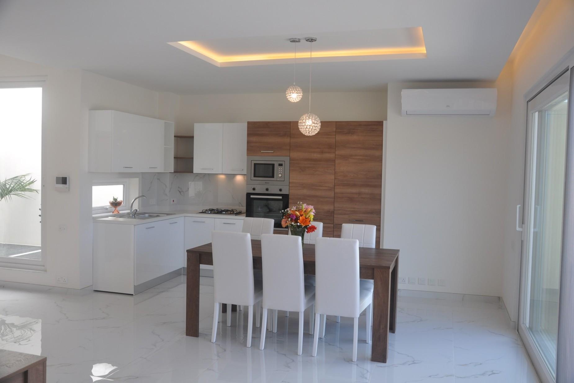 2 bed Penthouse For Sale in Kalkara, Kalkara - thumb 2
