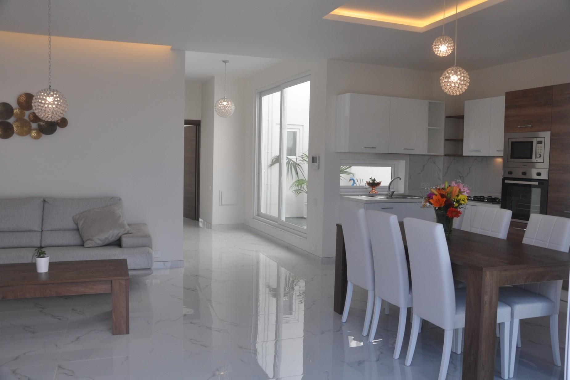 2 bed Penthouse For Sale in Kalkara, Kalkara - thumb 13