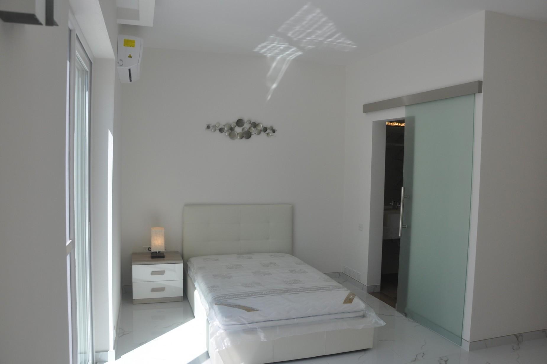 2 bed Penthouse For Sale in Kalkara, Kalkara - thumb 5