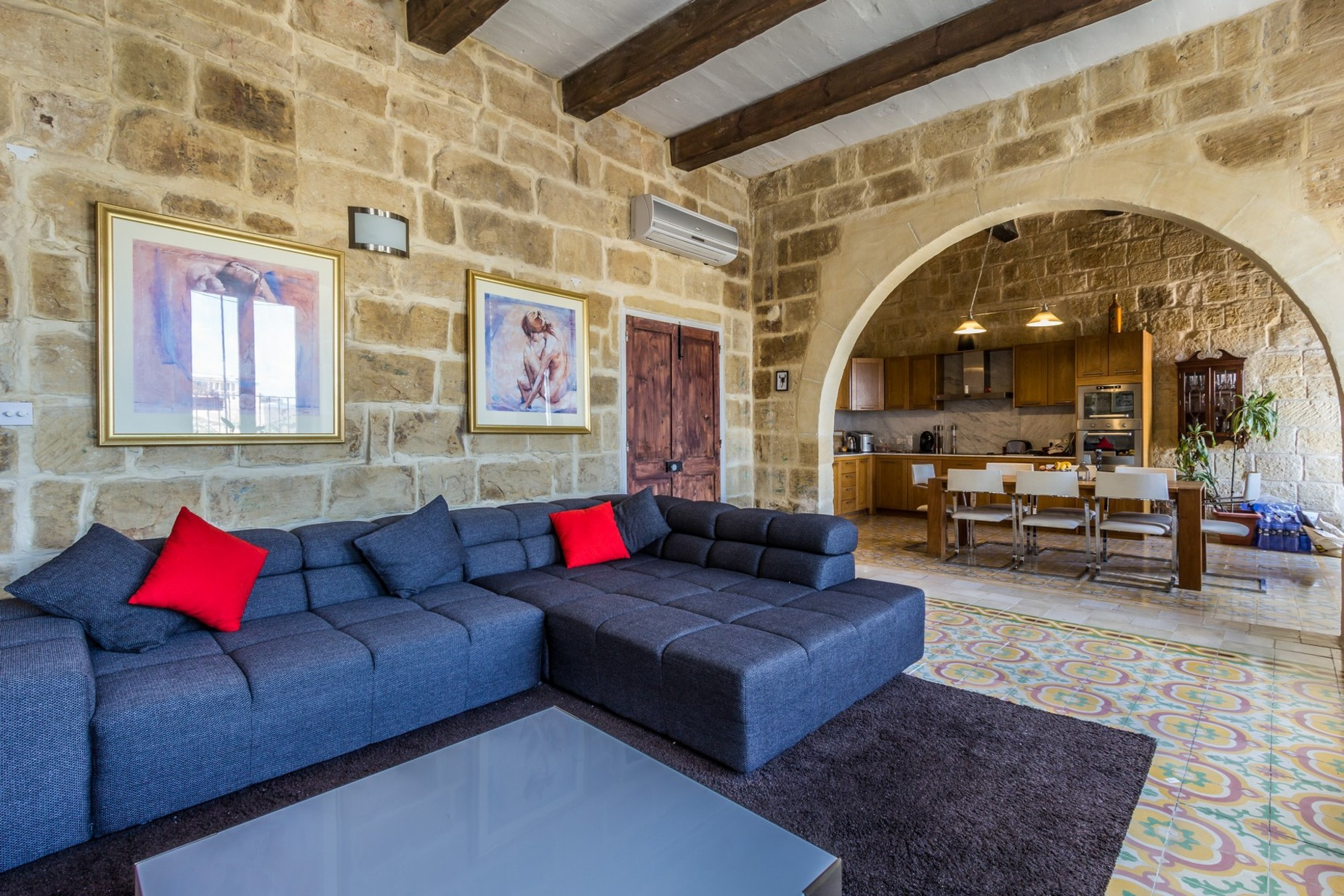 4 bed Town House For Rent in Vittoriosa, Vittoriosa - thumb 3