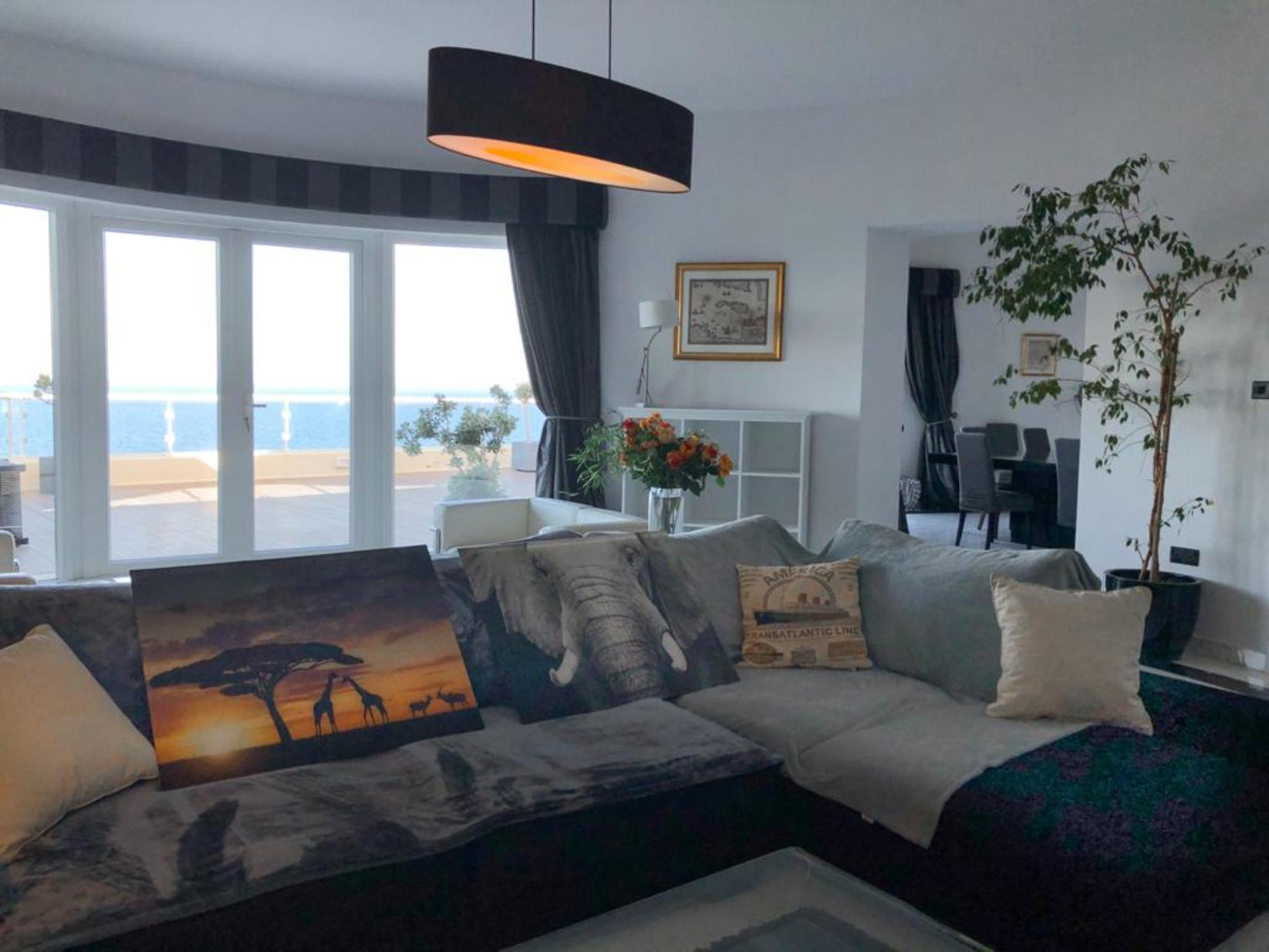 3 bed Penthouse For Rent in Sliema, Sliema - thumb 20