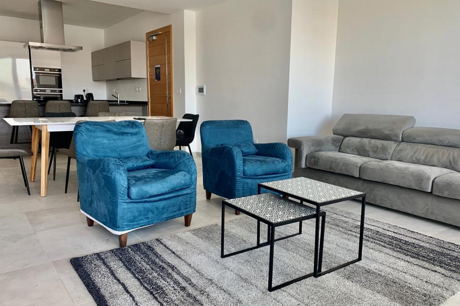 2 bed Apartment For Rent in Sliema, Sliema - thumb 3