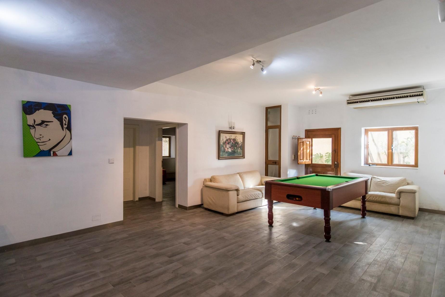 4 bed Villa For Rent in Naxxar, Naxxar - thumb 16