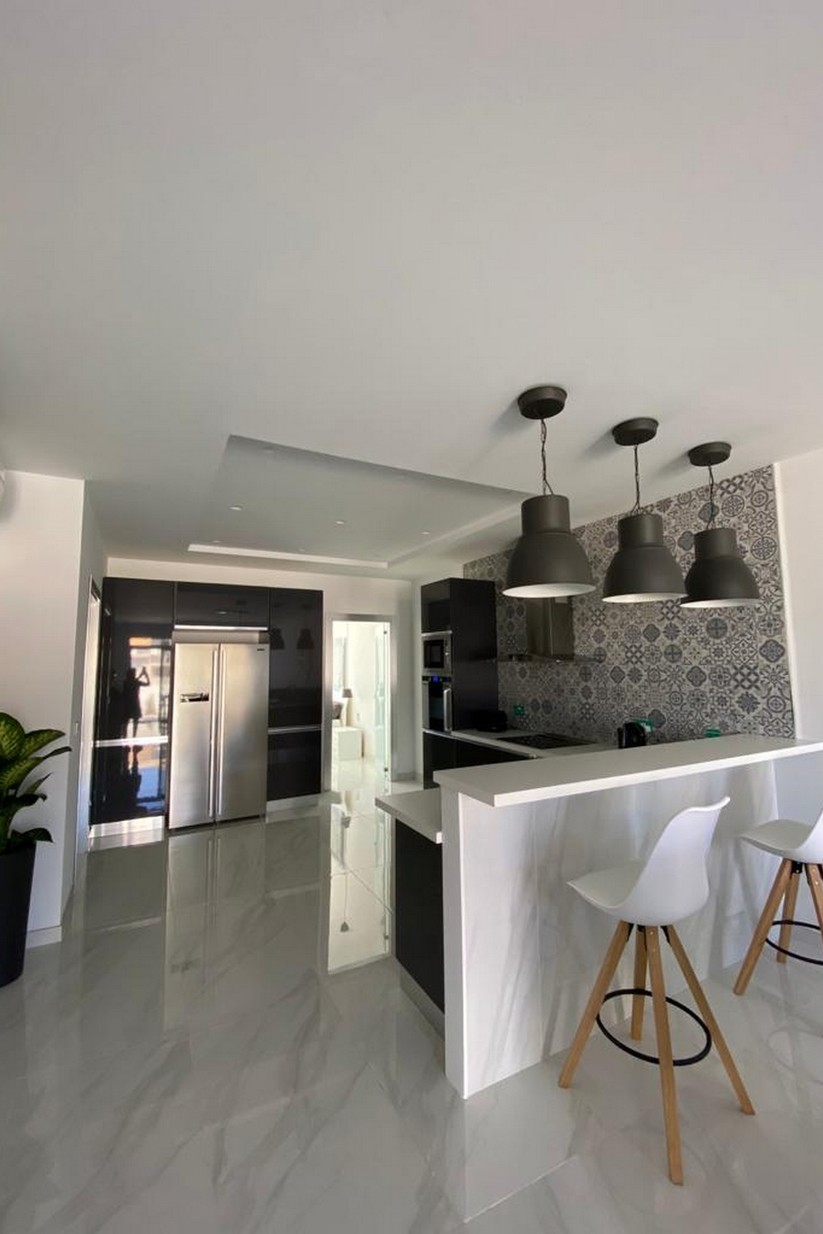 1 bed Penthouse For Rent in St Julian's, St Julian's - thumb 3