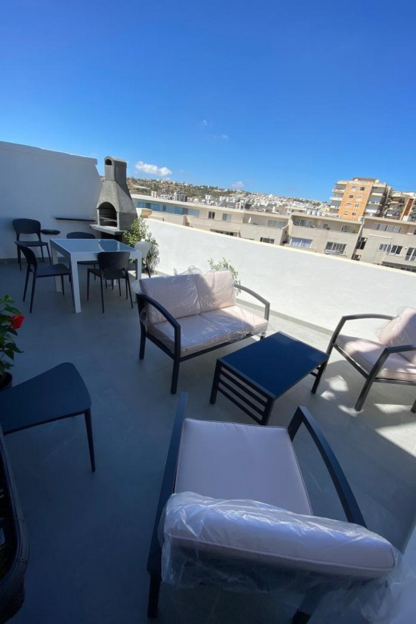 1 bed Penthouse For Rent in St Julian's, St Julian's - thumb 11