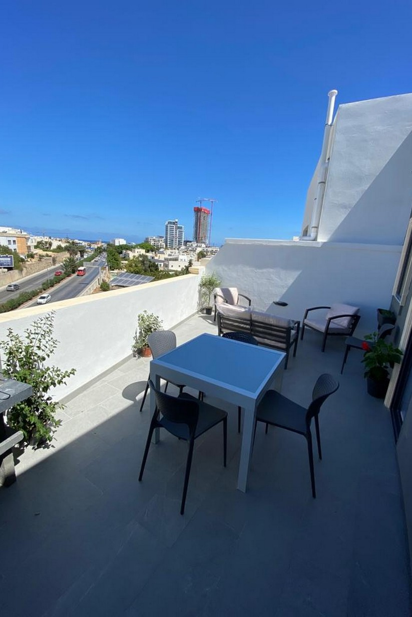1 bed Penthouse For Rent in St Julian's, St Julian's - thumb 10