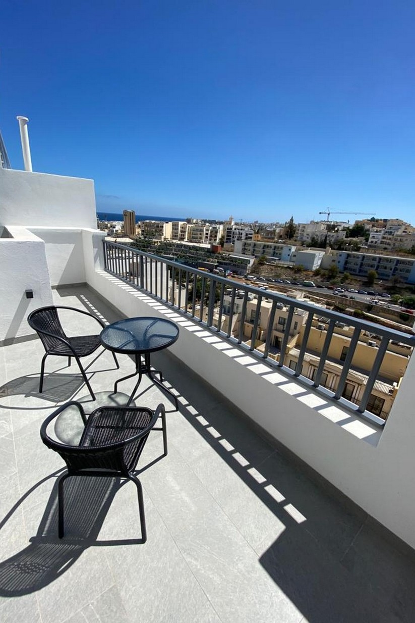 1 bed Penthouse For Rent in St Julian's, St Julian's - thumb 12