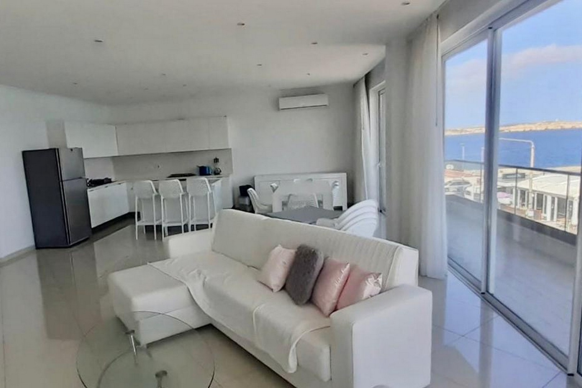 3 bed Apartment For Rent in Bugibba, Bugibba - thumb 4