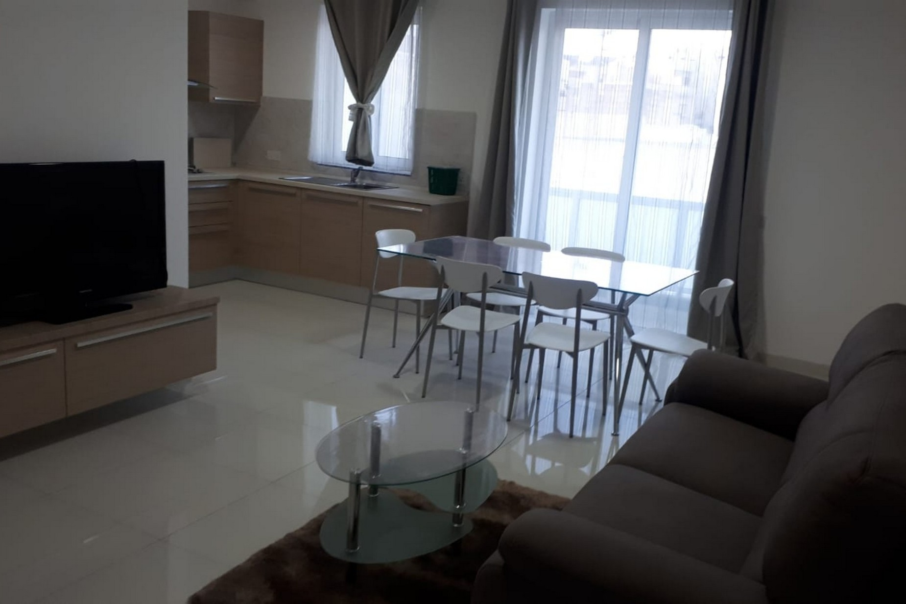 3 bed Apartment For Rent in Rabat, Rabat - thumb 3