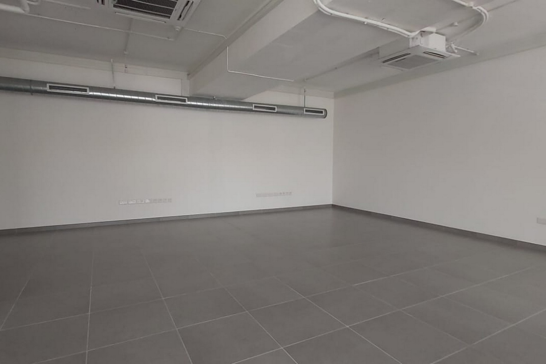 0 bed Office For Rent in Sliema, Sliema - thumb 3