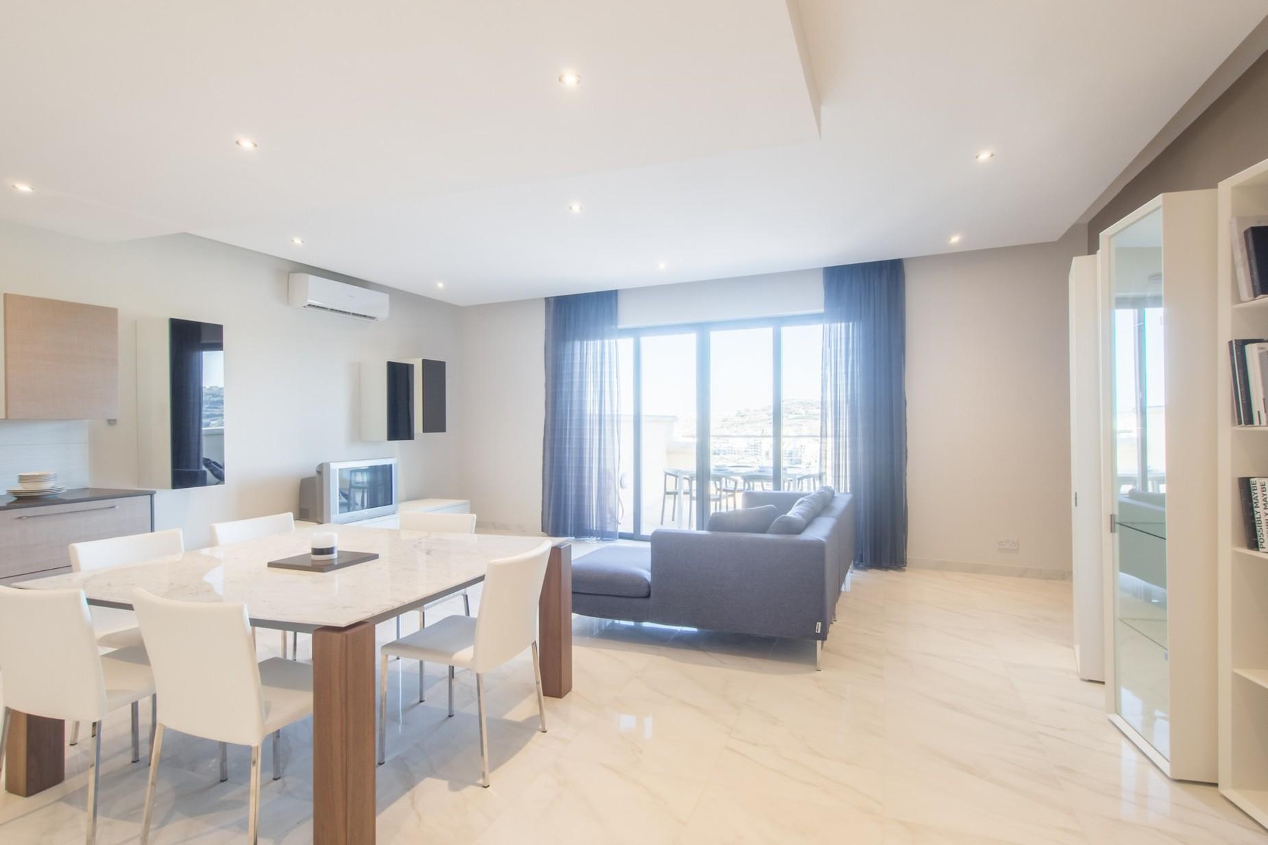 2 bed Apartment For Rent in Xemxija, Xemxija - thumb 9