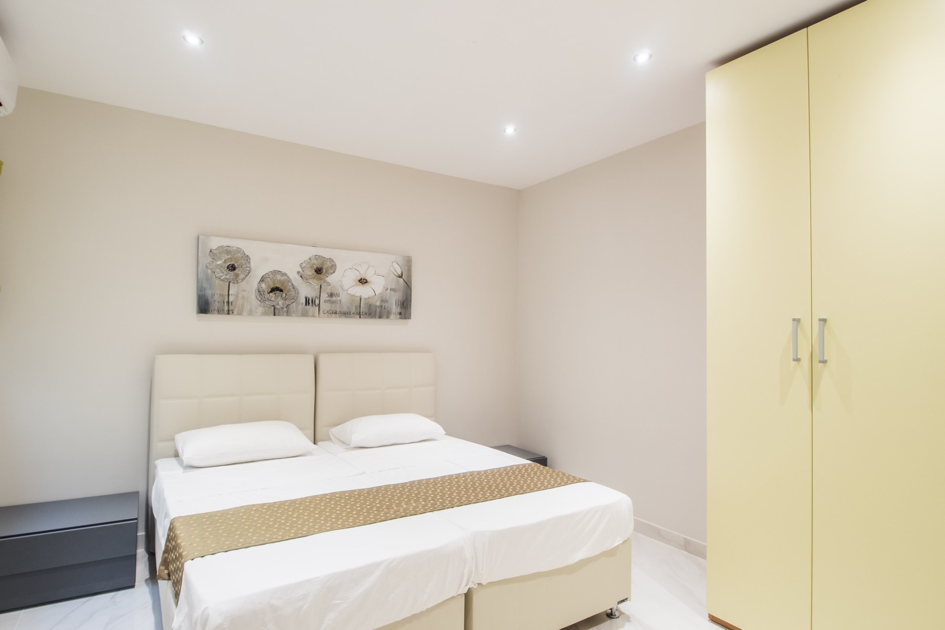 2 bed Apartment For Rent in Xemxija, Xemxija - thumb 14