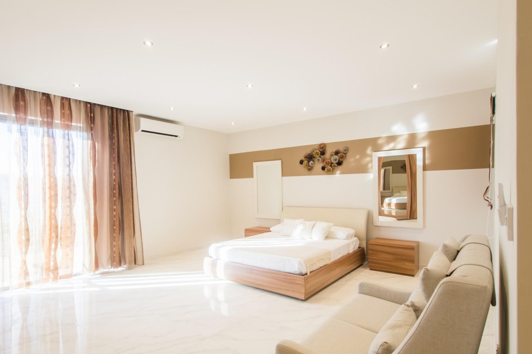 2 bed Apartment For Rent in Xemxija, Xemxija - thumb 13