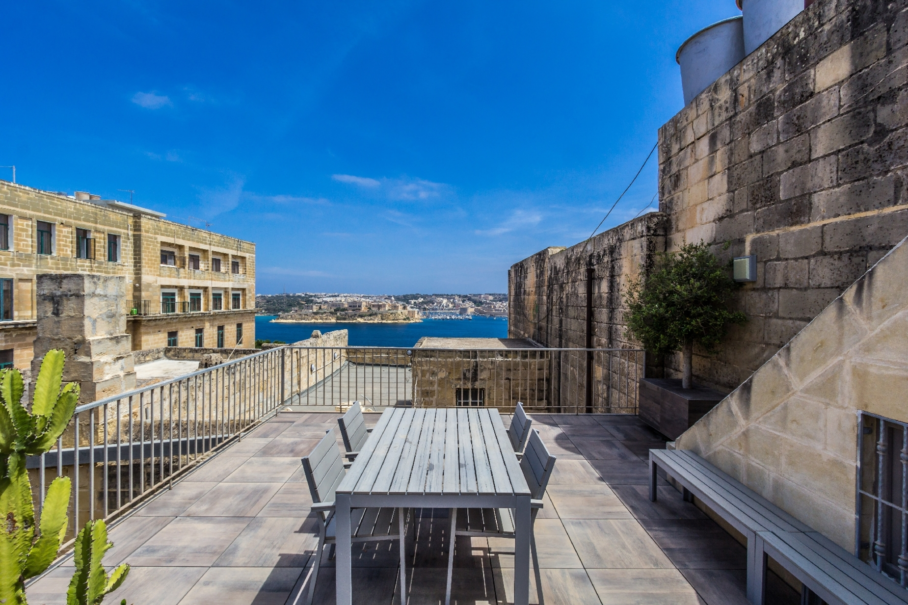 6 bed Palazzo For Rent in Valletta, Valletta - thumb 16