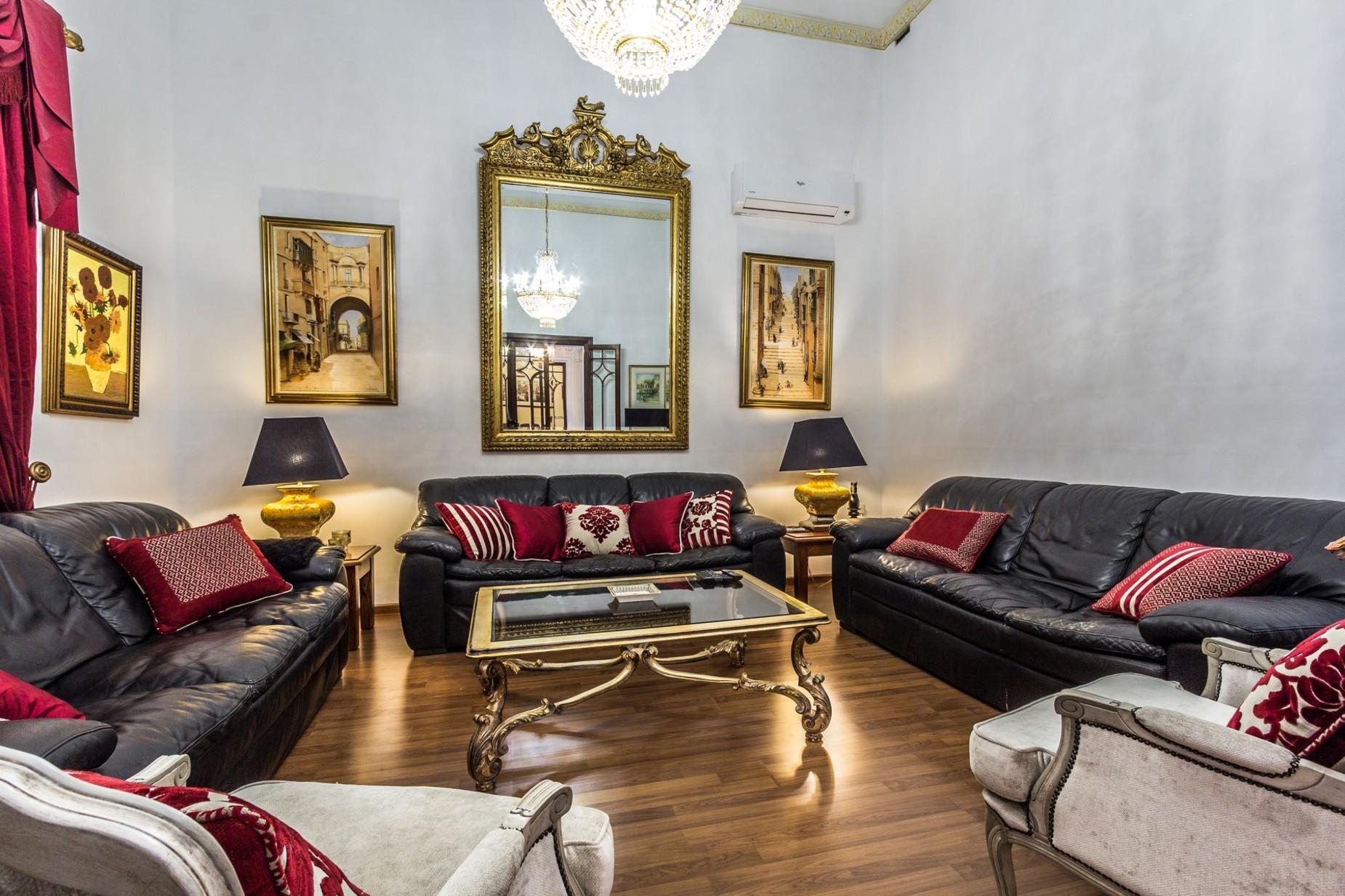 5 bed Palazzo For Rent in Sliema, Sliema - thumb 11