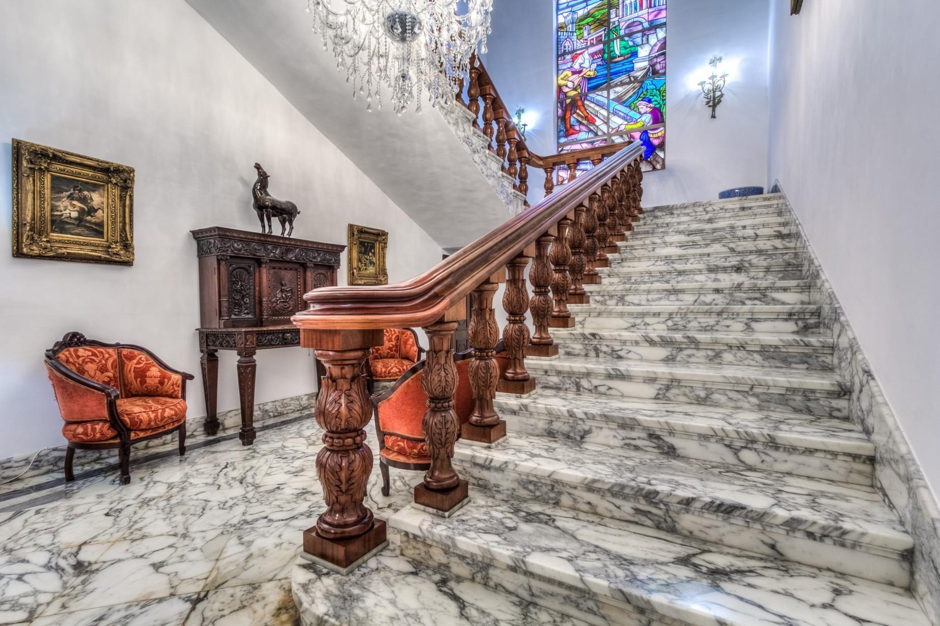 5 bed Palazzo For Rent in Sliema, Sliema - thumb 13