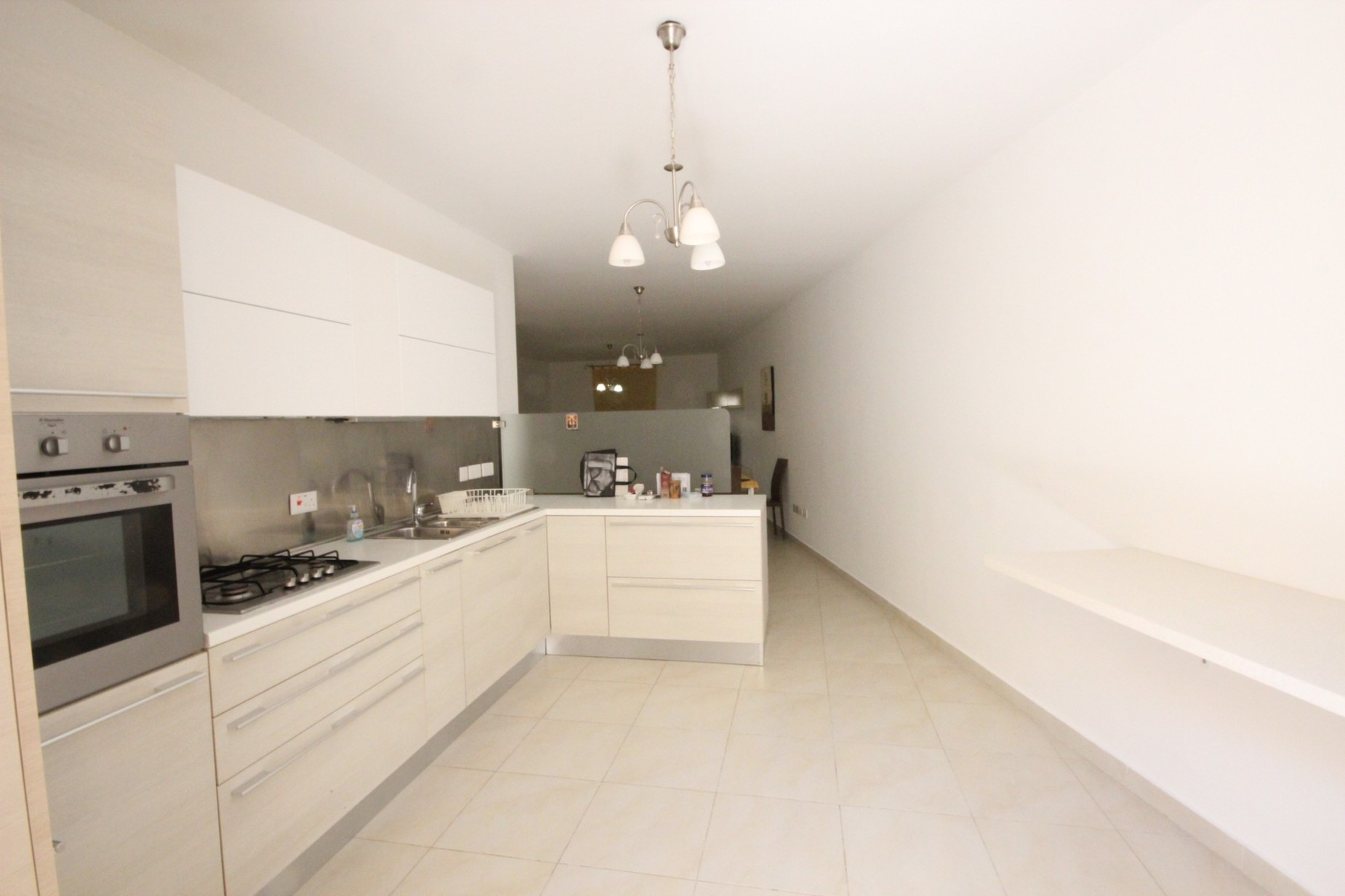 3 bed Maisonette For Rent in Sliema, Sliema - thumb 3