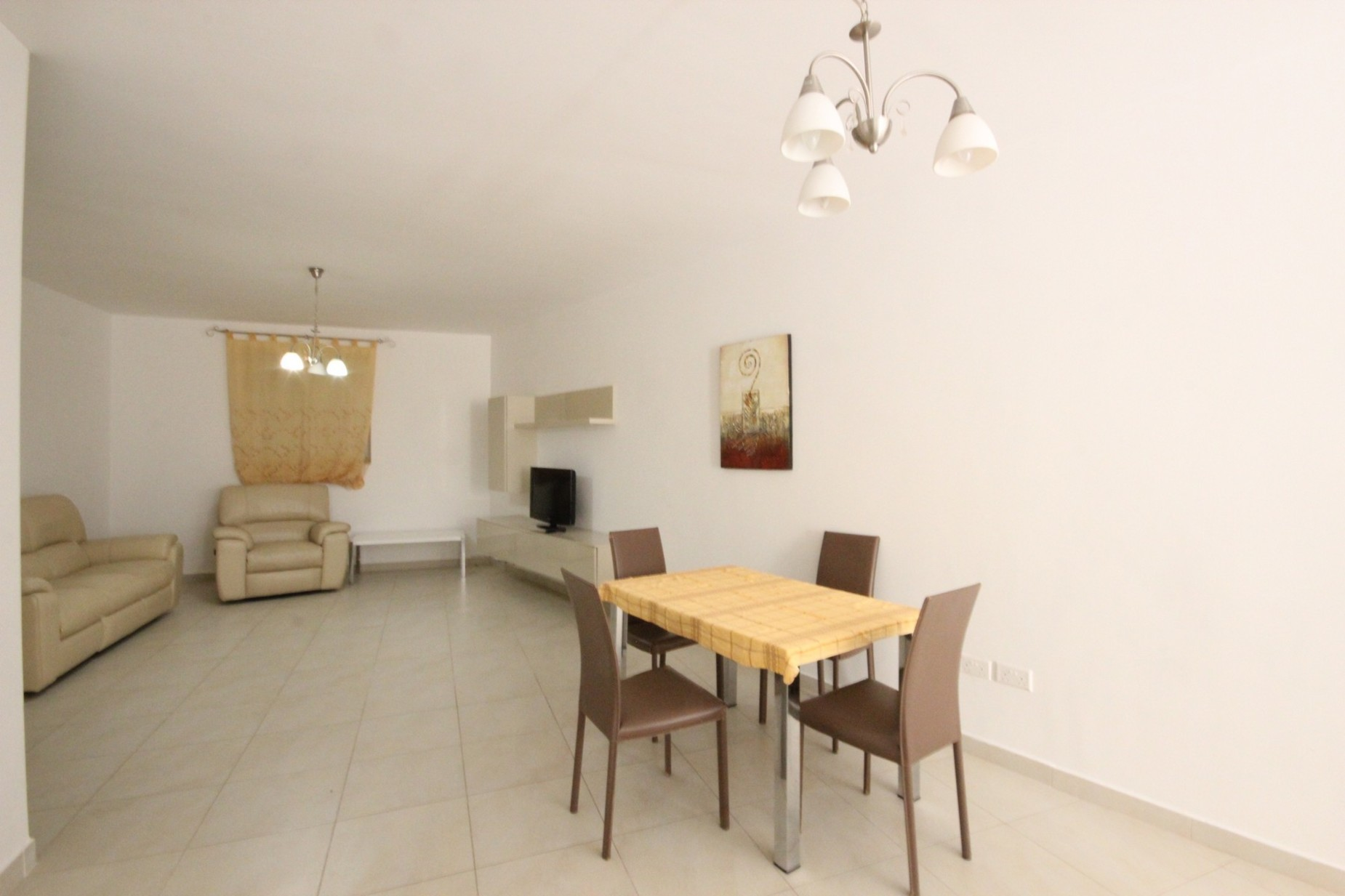 3 bed Maisonette For Rent in Sliema, Sliema - thumb 7