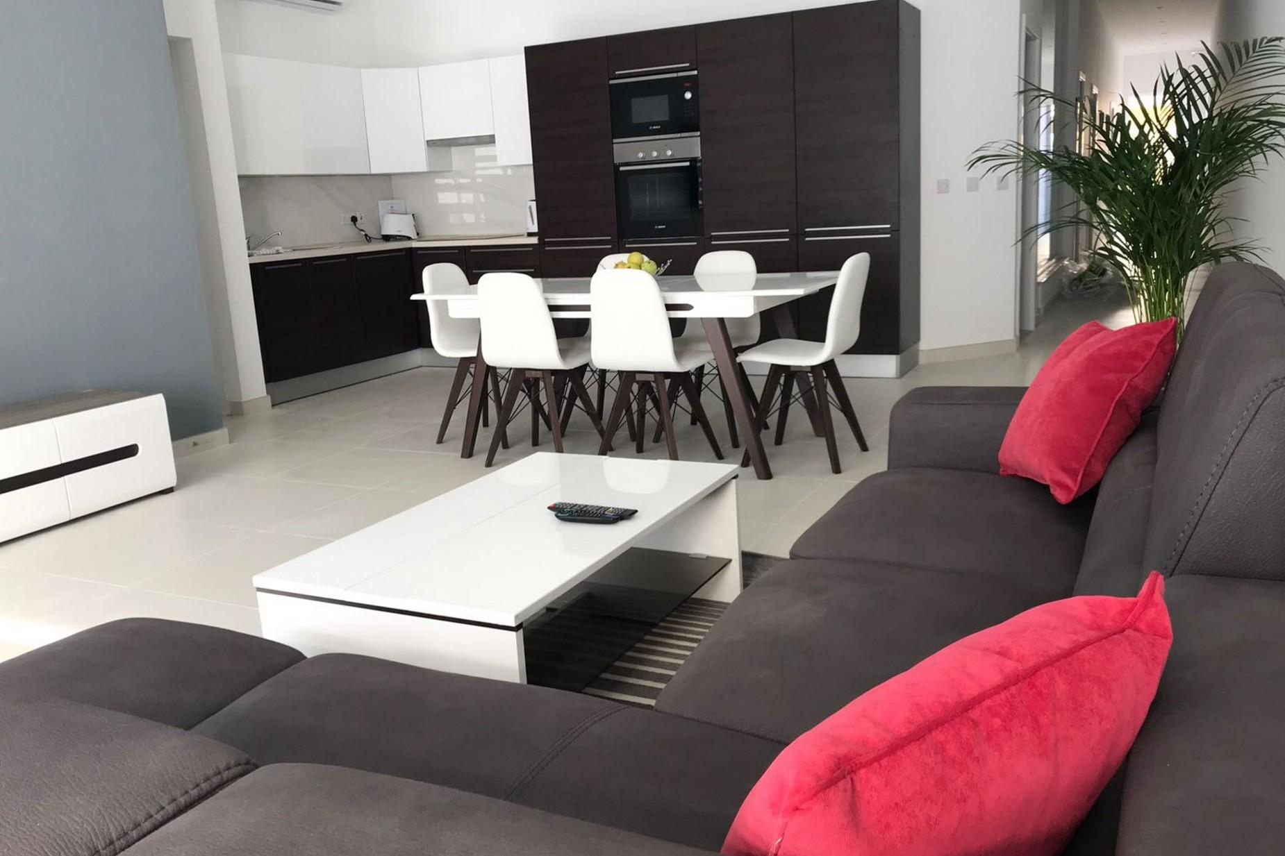 3 bed Maisonette For Rent in Ibragg, Ibragg - thumb 5