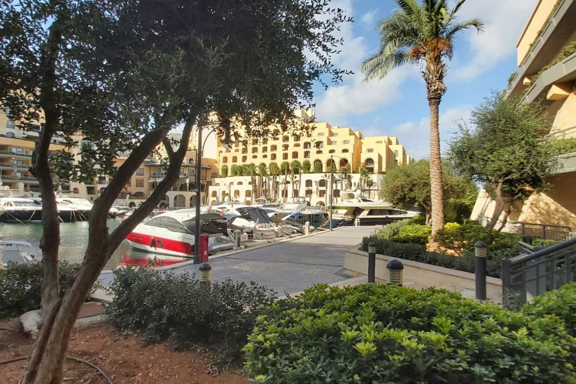 2 bed Apartment For Sale in St Julian's, St Julian's - thumb 14