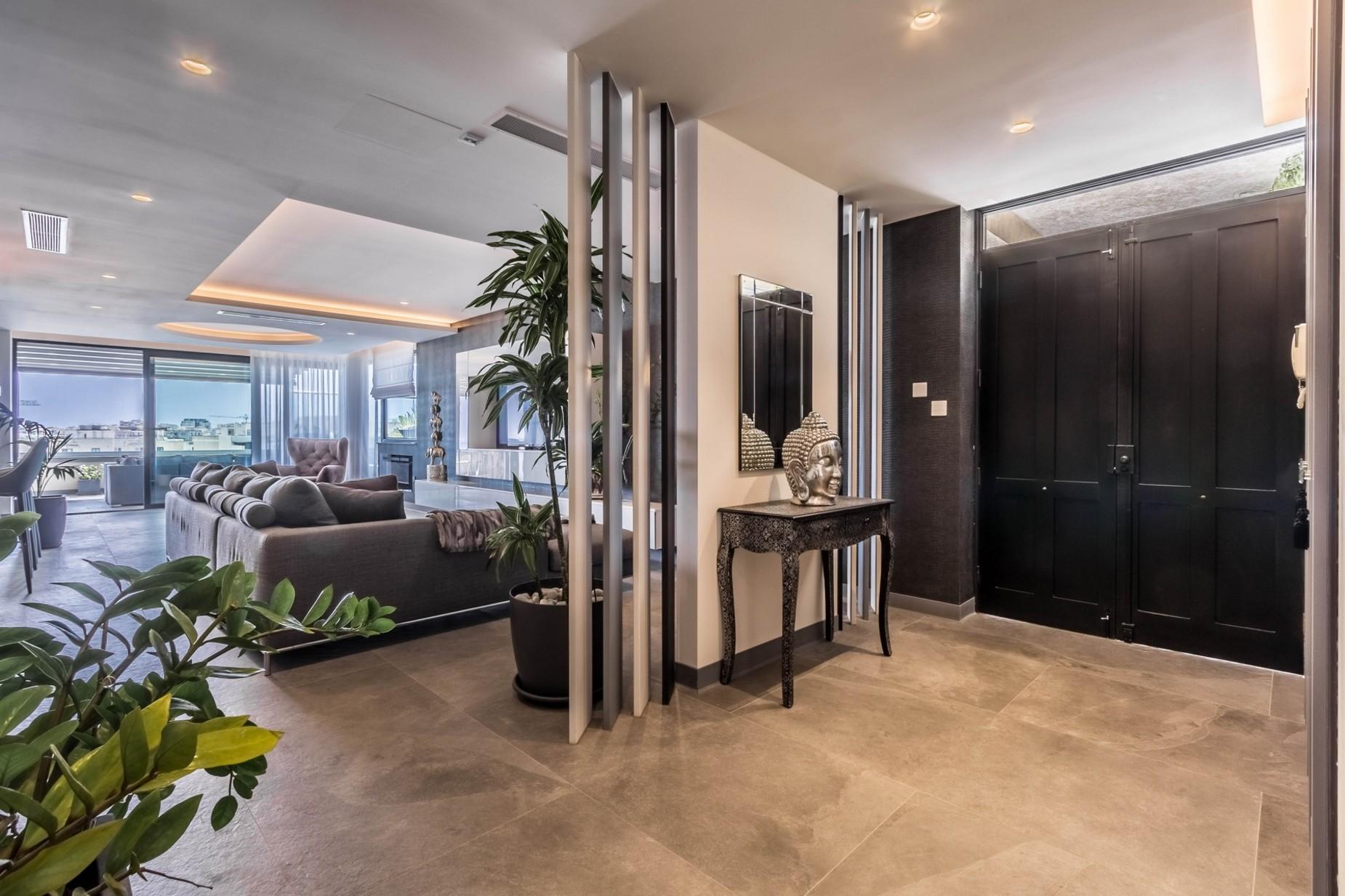3 bed Penthouse For Sale in St Julian's, St Julian's - thumb 21